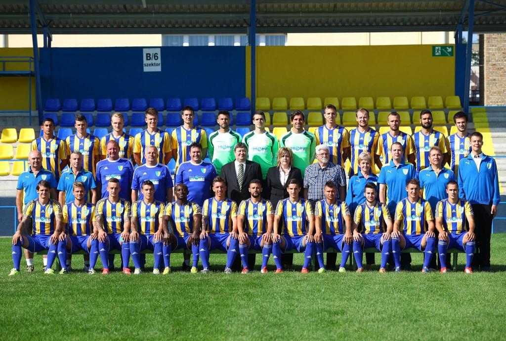 csapatkep_2014-15